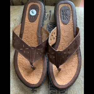 B.O.C. Born concept woman's brown sandals size 8